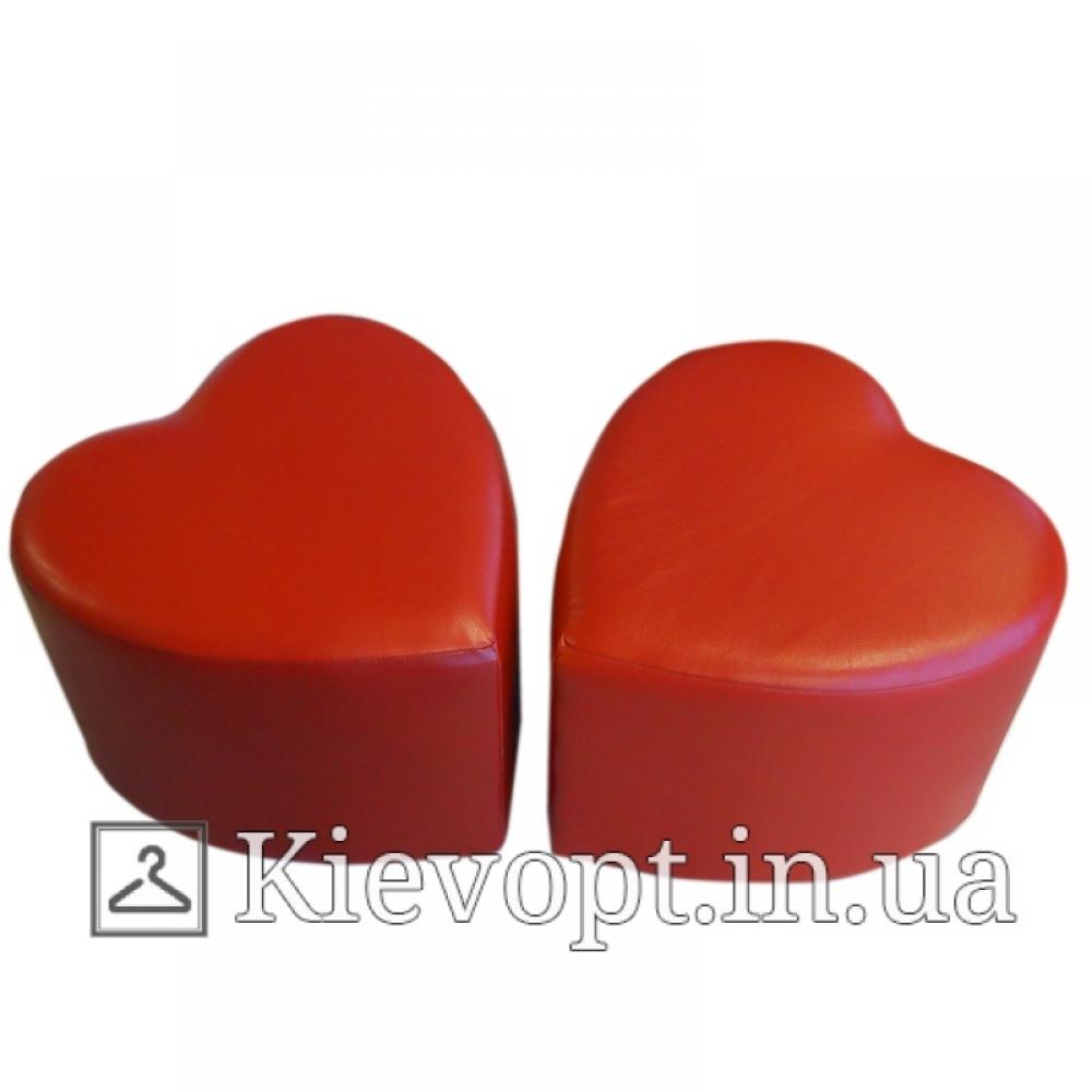 Пуф (банкетка) красный для магазина сердце