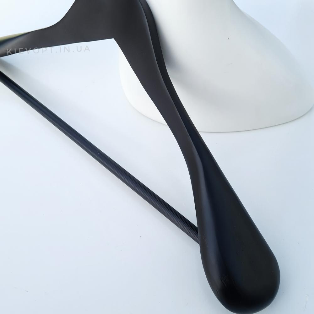 Деревянные плечики вешалки для одежды прорезиненные черные, 45 см