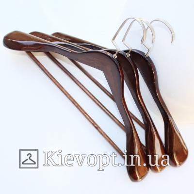 Деревянные вешалки (плечики) для верхней одежды